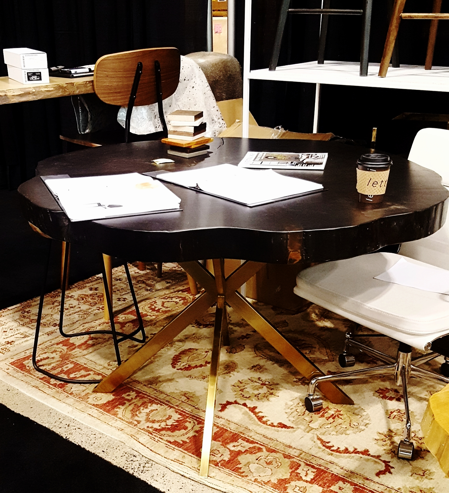 Someone was just working at this table but I loved it so took a photo.