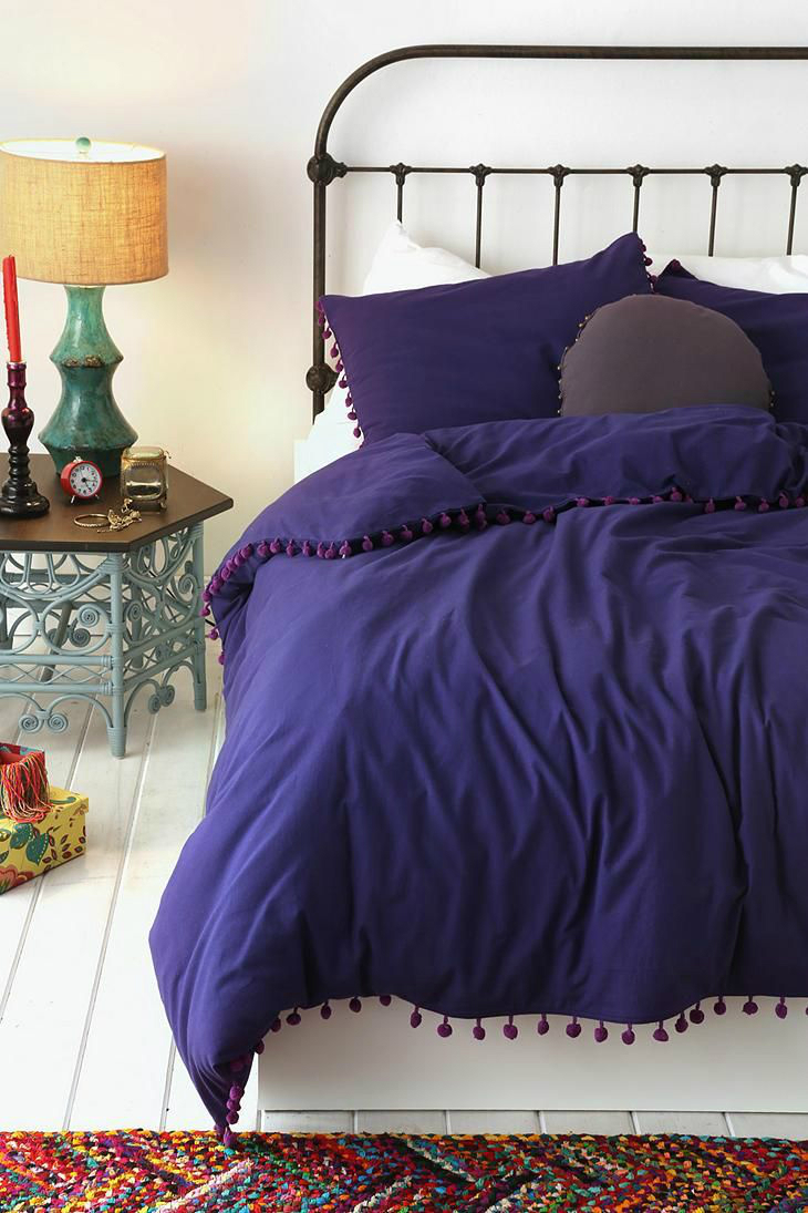 indigo-white-bedroom-color-scheme.jpg