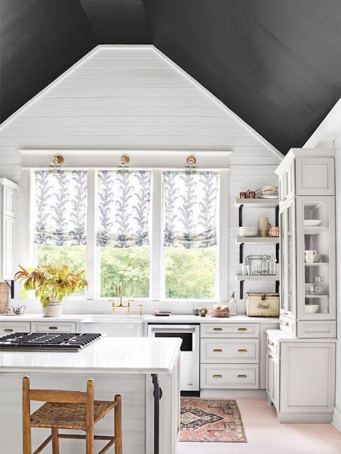 black-ceiling-kitchen.jpg