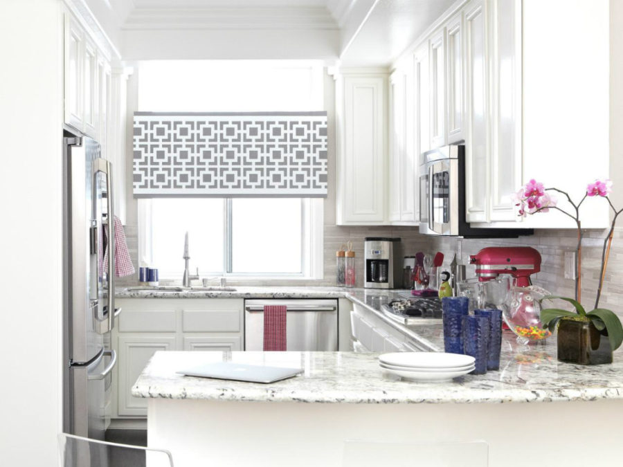 Small-kitchen-with-a-peninsula-900x675.jpg