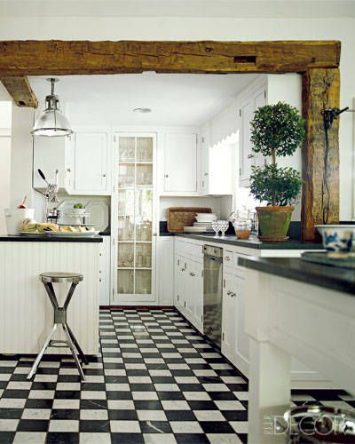 54c1437d6fc43_-_12-interior-decorating-white-kitchens-lgn.jpg