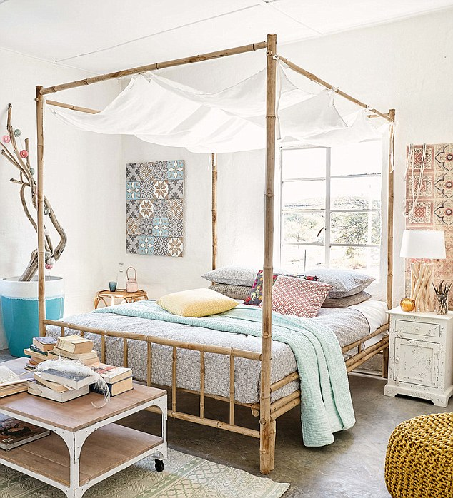 4E320C9100000578-0-Light_and_airy_This_four_poster_bed_from_Maisons_du_Monde_has_a_-m-34_1531489619123.jpg