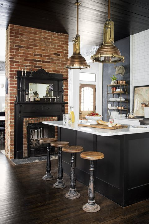 1490726254-black-kitchen-country-living-inspiration.jpg