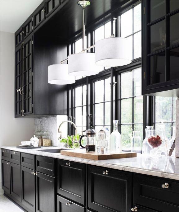 37f3e043d77950c7c80fbdee0f274d31--black-kitchens-dream-kitchens.jpg