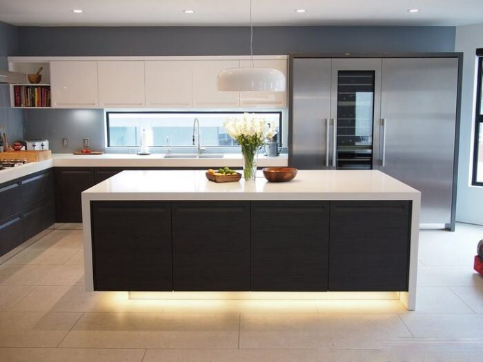 Modern-Kitchen-Ideas-2-700x525.jpg