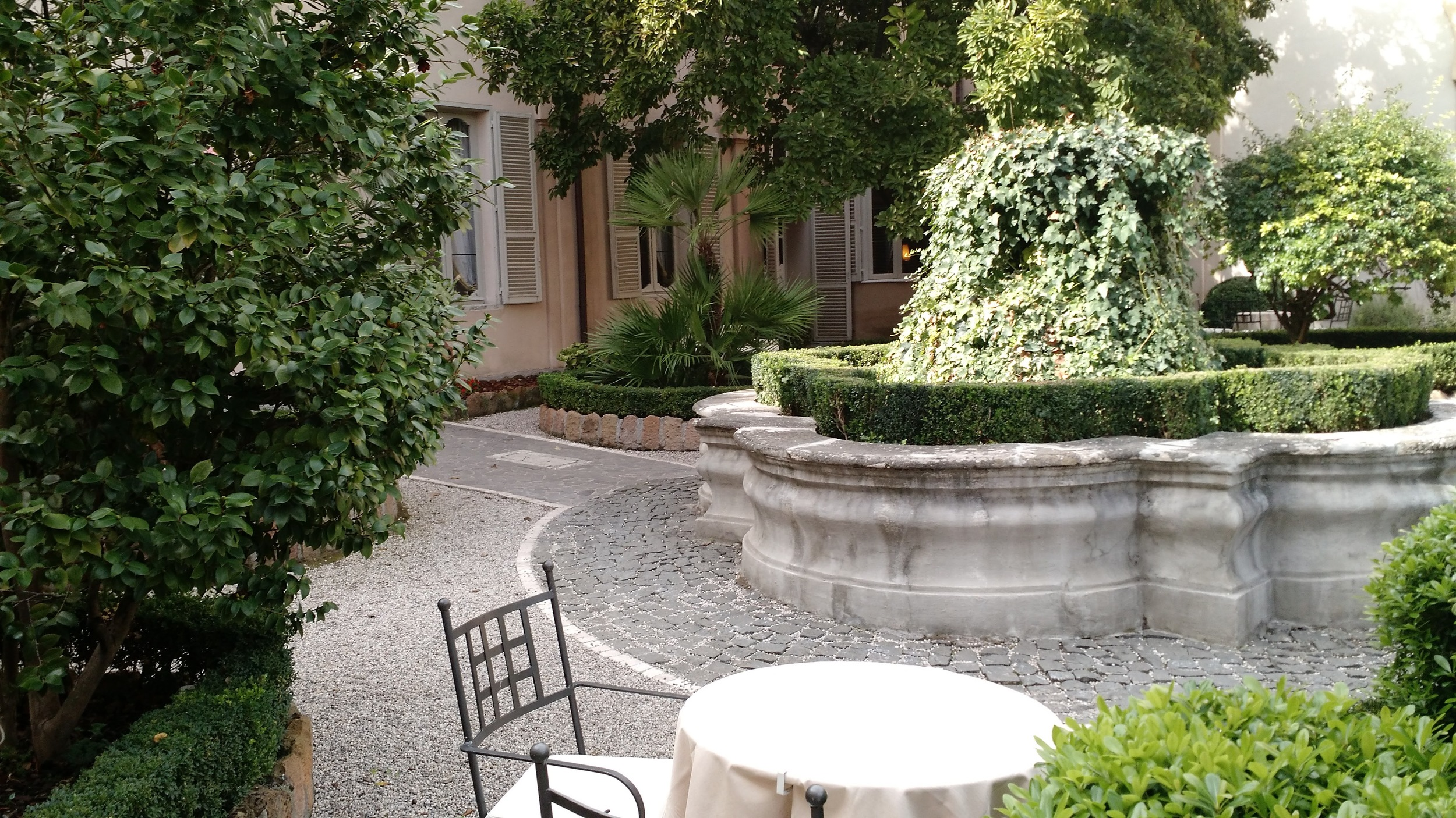 Our quiet sanctuary in the heart of Rome - our Hotel Courtyard