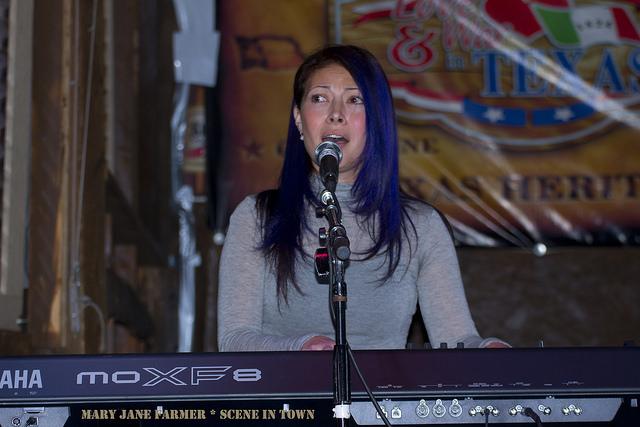 Raq Piano Rd2.jpg