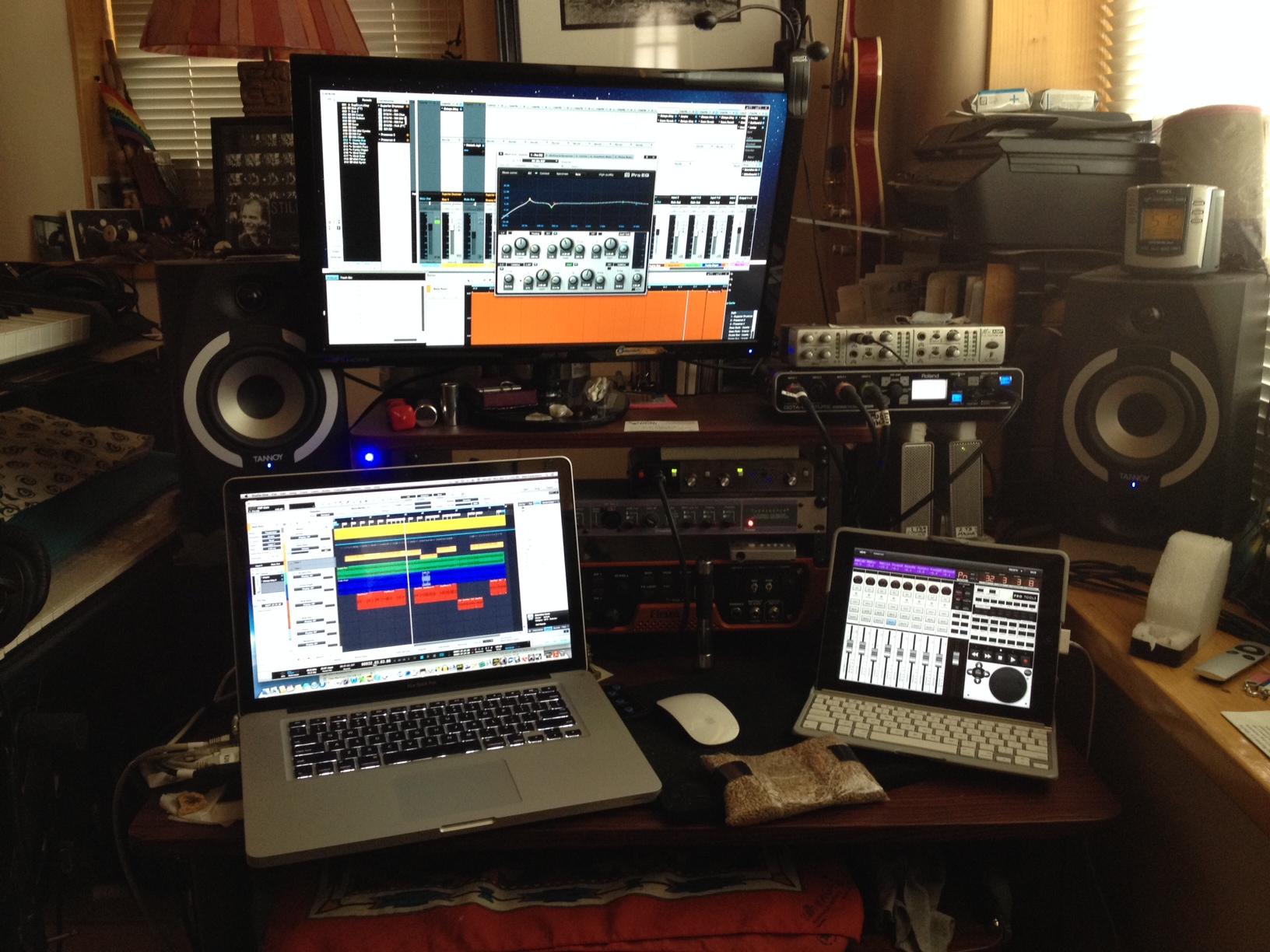 Studio 13 - Studio One Screens.JPG