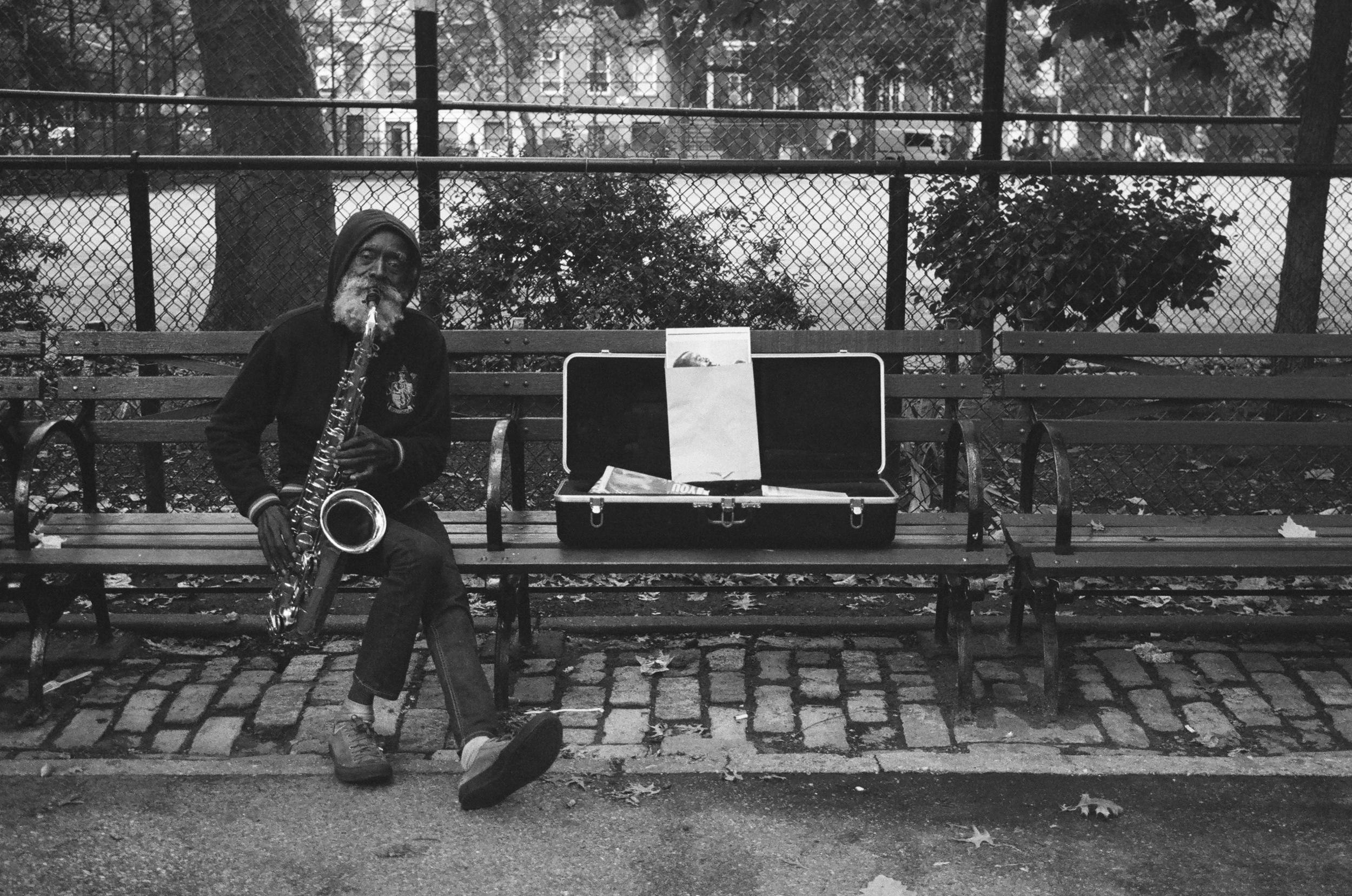 saxophonepark.JPG