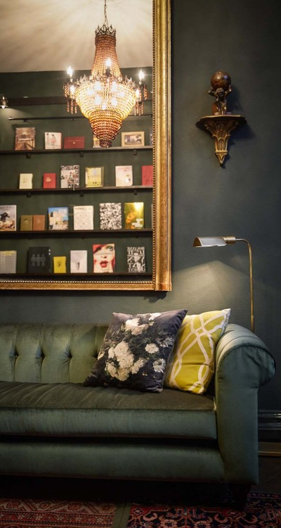 Suites-Book-Collectors-4-400x750.jpeg