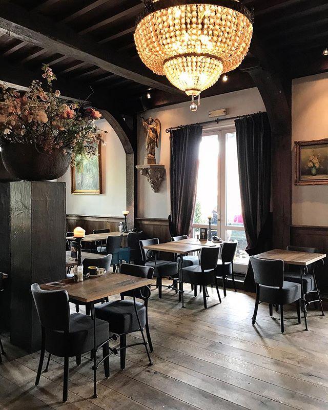 Ресторан с 300 летней историей 👌 в северной Голландии #michelinstar #northholland #adventures #restaurantdesign #дизайнресторана #гидмишлен