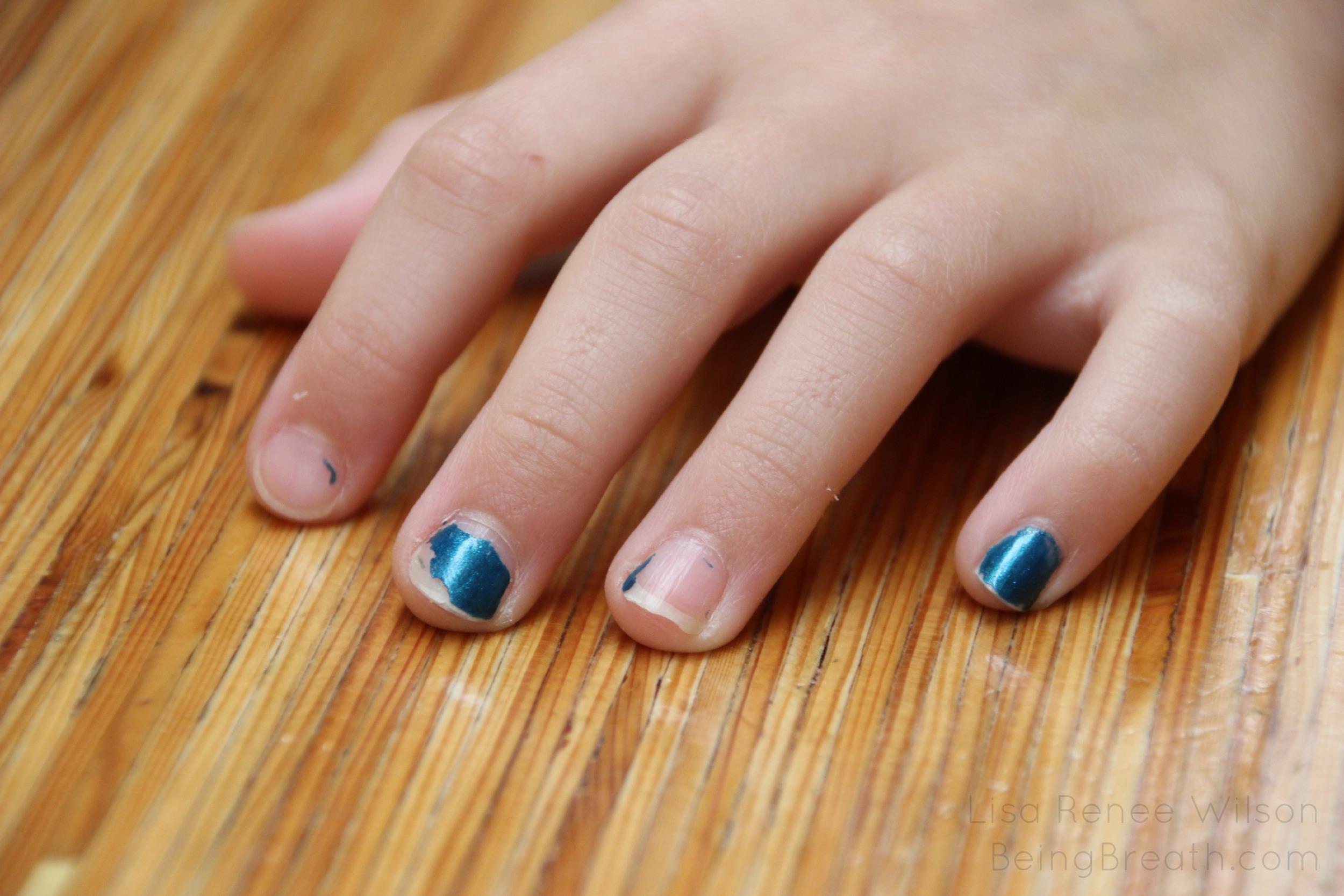 Blog_IMG_4710_Fingernails.jpg