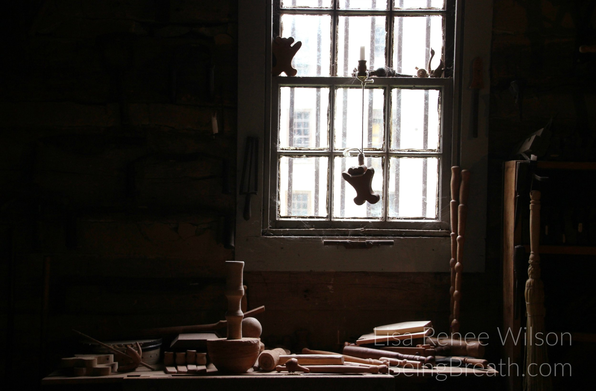 Art_Photo_WM_IMG_0896_WorkshopWindow.jpg