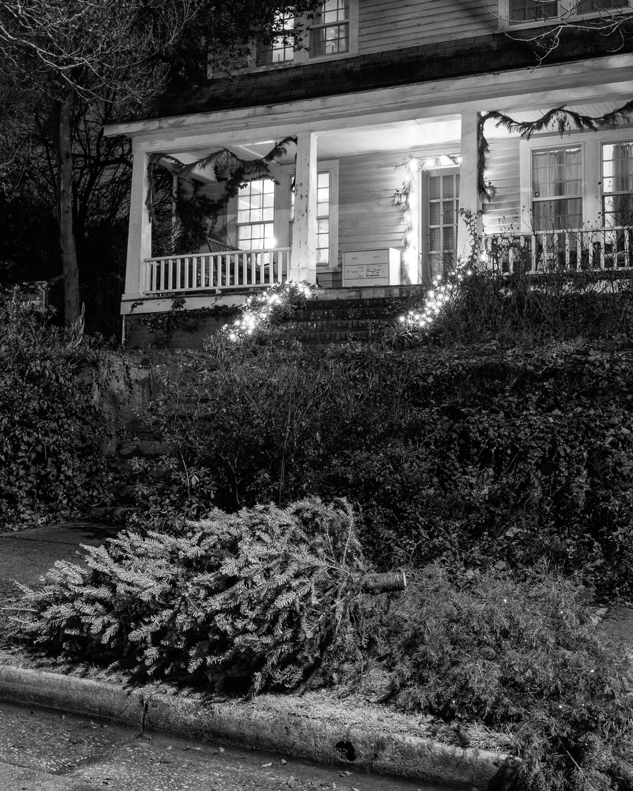 Oakwood, Raleigh, North Carolina, 2015-12.jpg