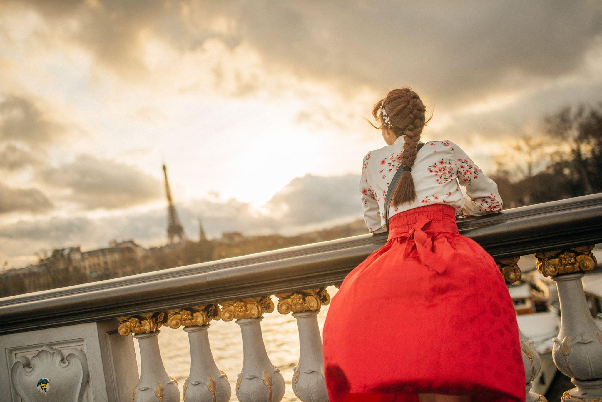 Sprazzi_Professional_Photography_Paris_Taehun21.jpg