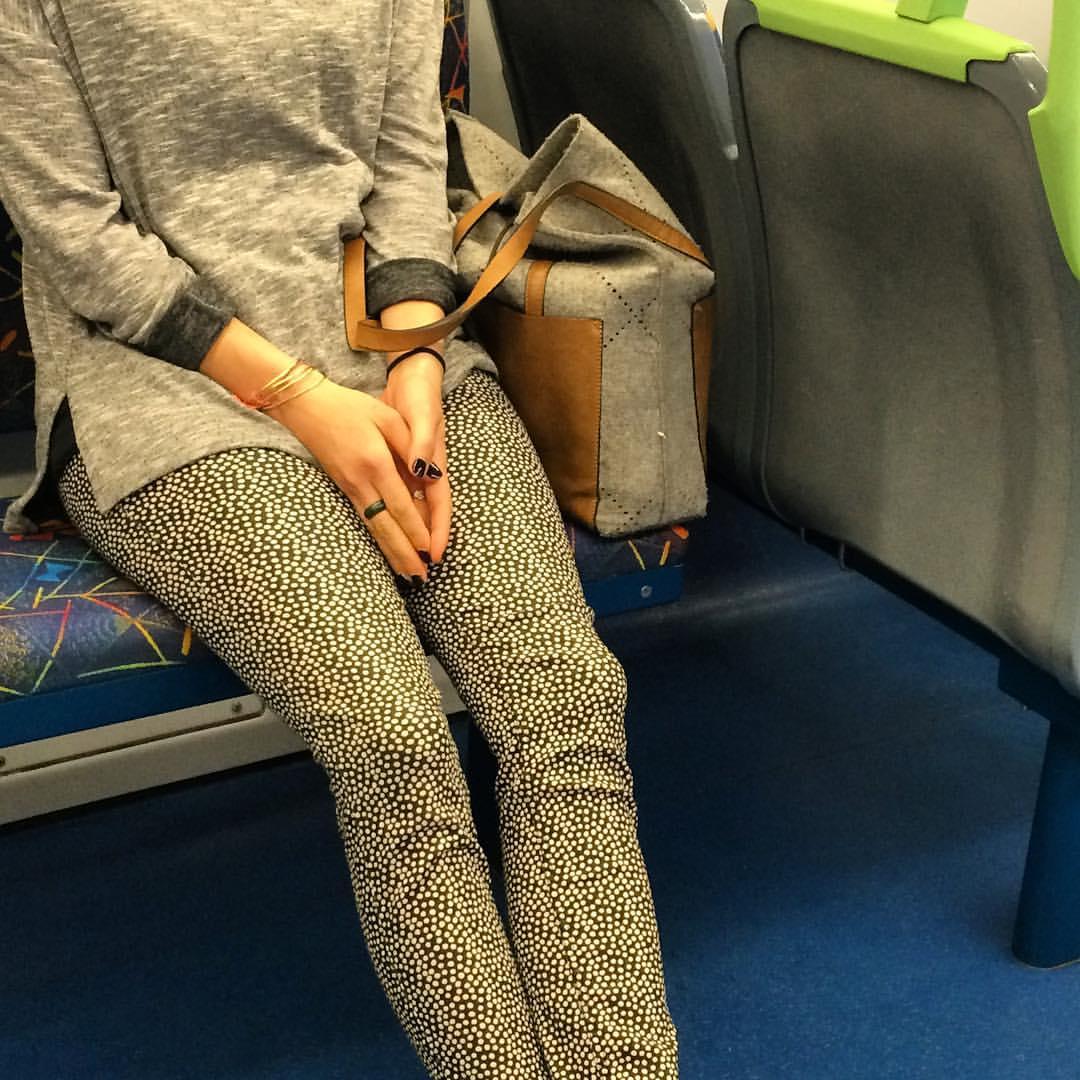 She's feeling pretty neutral ☺️ #fashiontraining