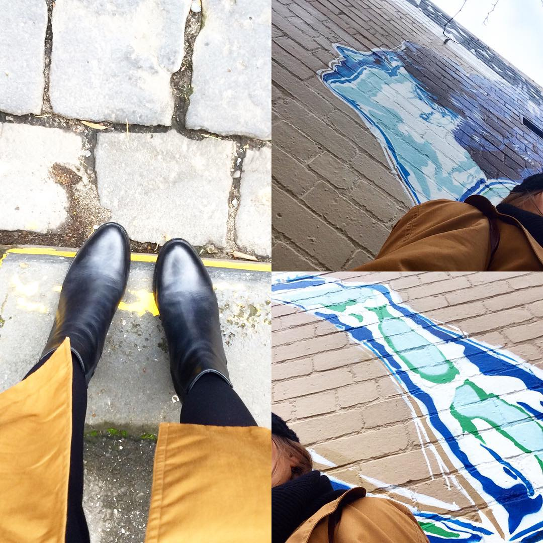 @countryroad #vintagewardrobe  Mixing new with old, my vintage coat is a treasure and my new CR boots are a treat! #melbourne #streetart #fashiontraining #getcreative
