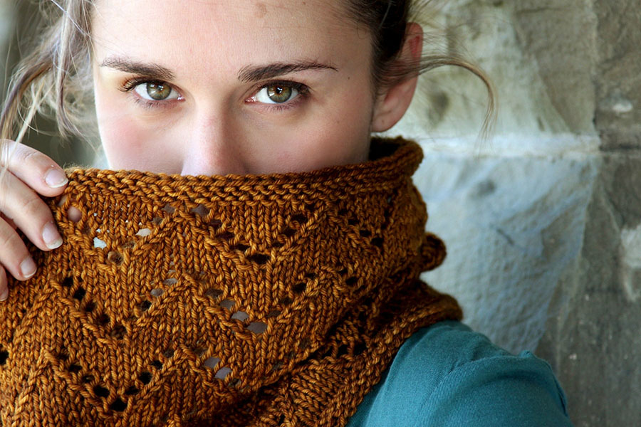 Whip up the  Downton Cowl  in just one skein of  Malabrigo Arroyo !