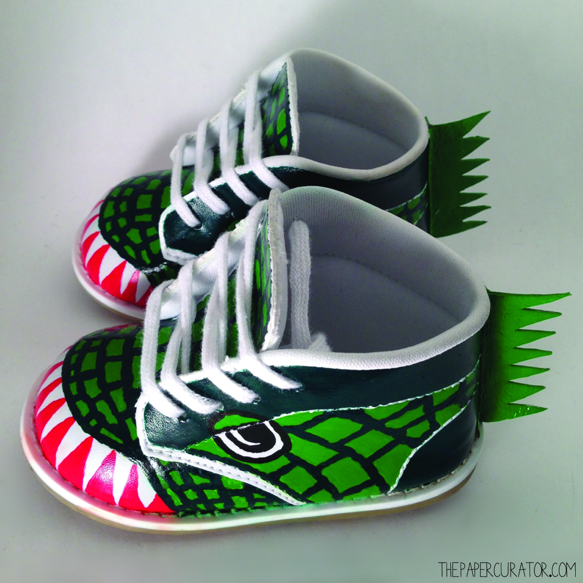 THE FINISHED DIY DINOSAUR SHOES, READY TO WEAR!