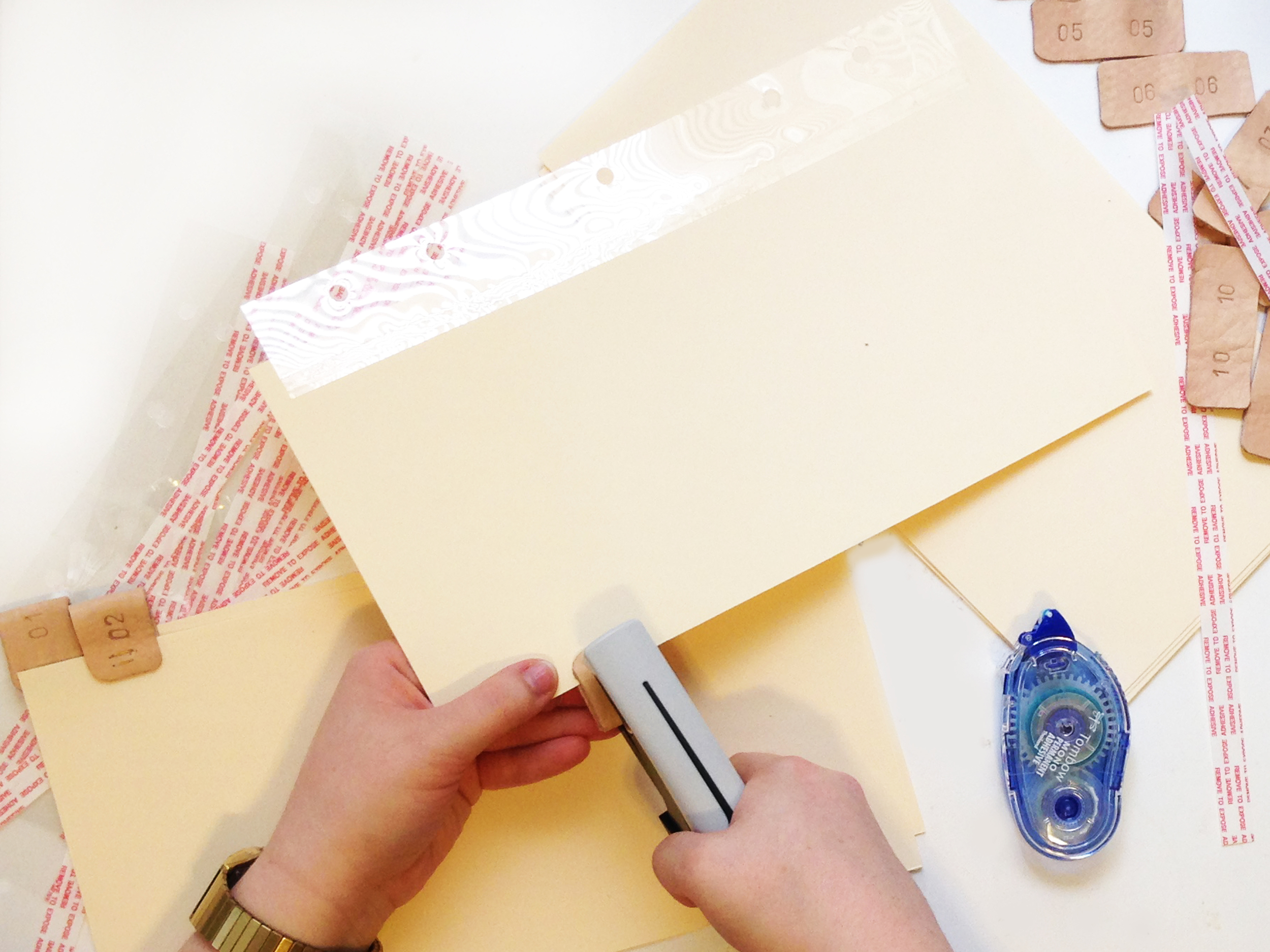HOW TO | STAMPED LEATHER PROJECT LIFE TABBED DIVIDERS | THE PAPER CURATOR