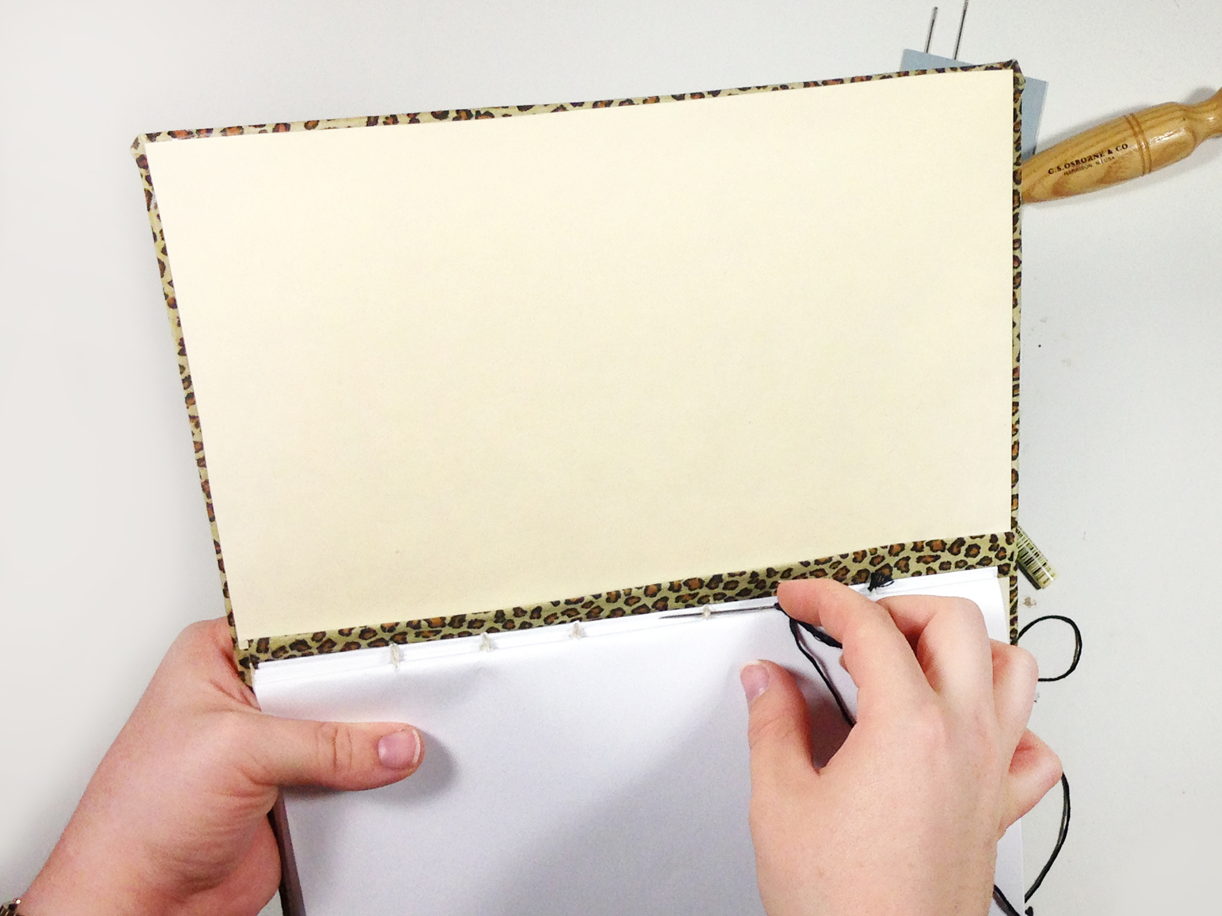 DIY | LEATHER COVERED + TABBED NOTEBOOK | THE PAPER CURATOR