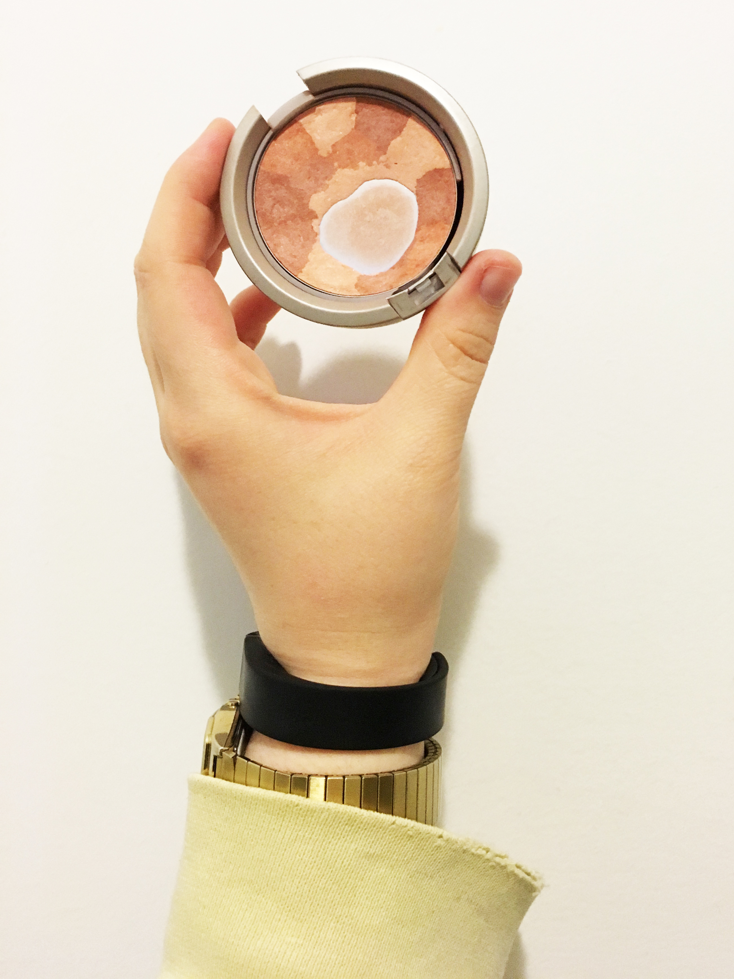Finishing touches include my favorite blush - this one from Physician's Formula which is down to the pan, gasp!
