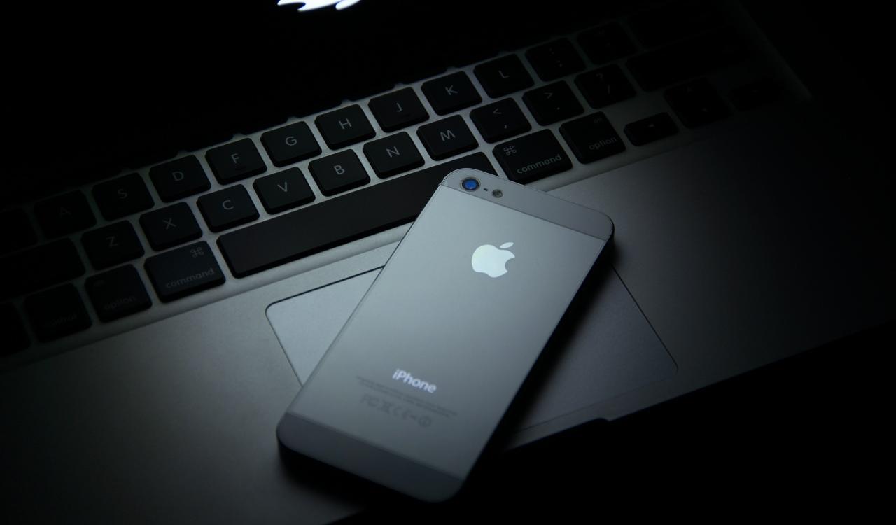 apple_46-wallpaper-1280x800.jpg
