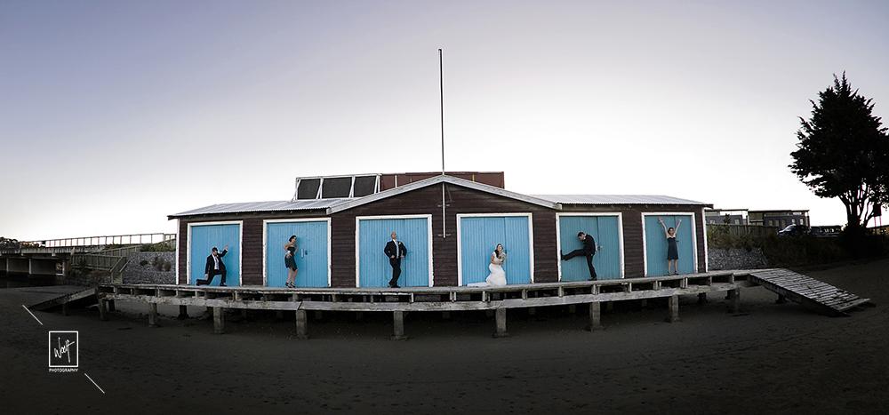 Groomsmen and bride wedding photo