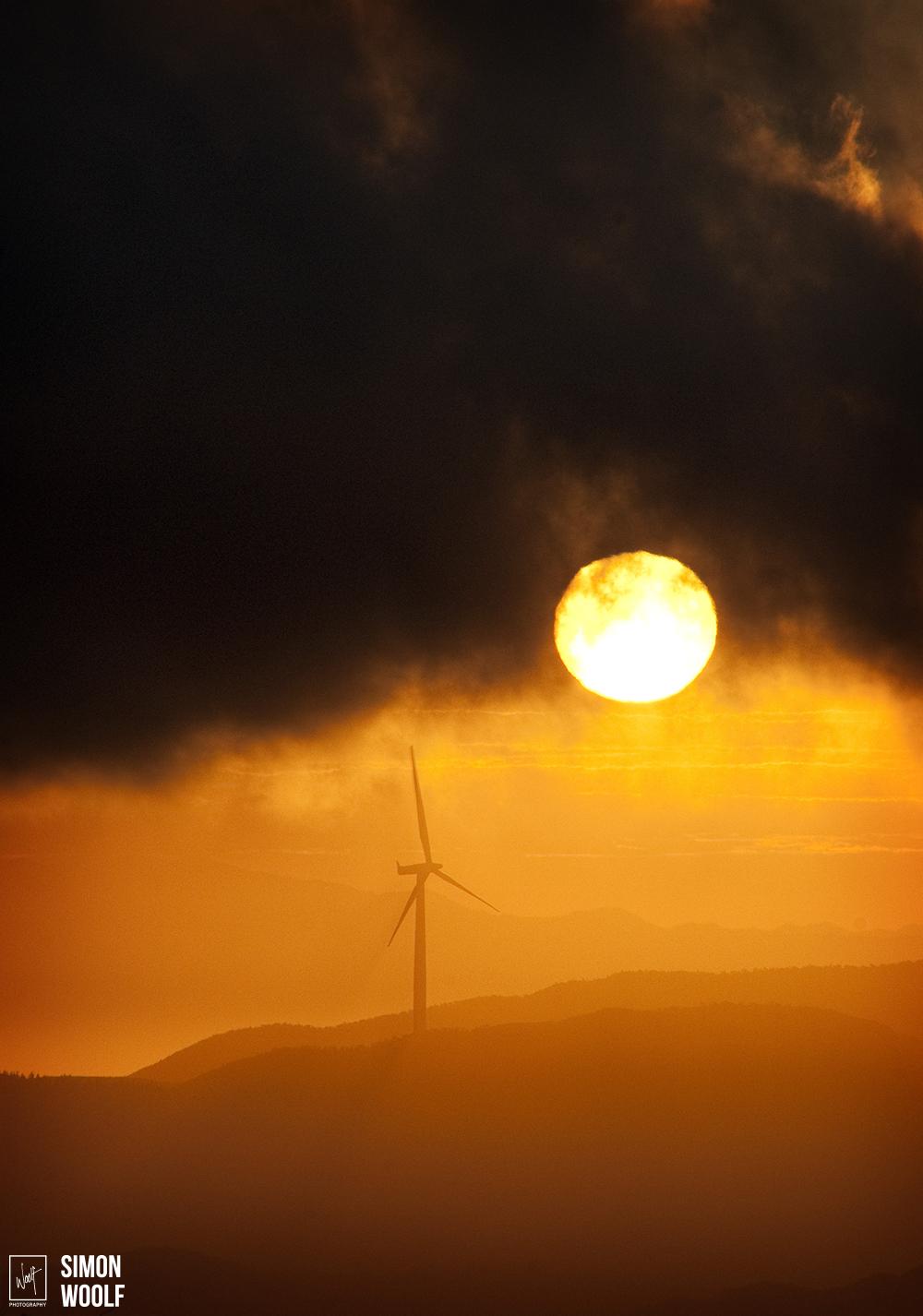 Sun and Turbine_3PW9407.jpg
