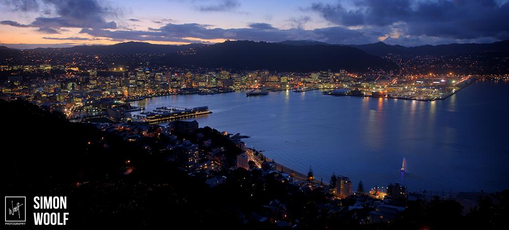 Wellington Pano Mt Vic Night 1.jpg