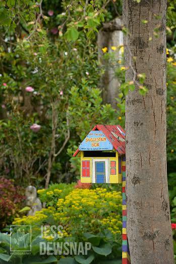 jess-TeOmangahospice-birdhouse.jpg