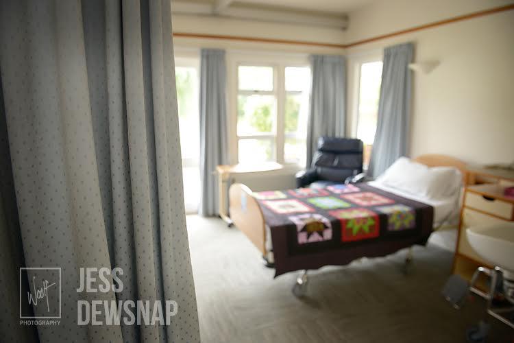 jess-TeOmangahospice-hospitalroom2.jpg