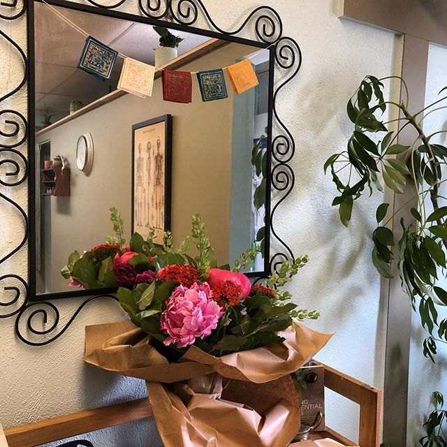 Loving my @montavillamarket bouquet!