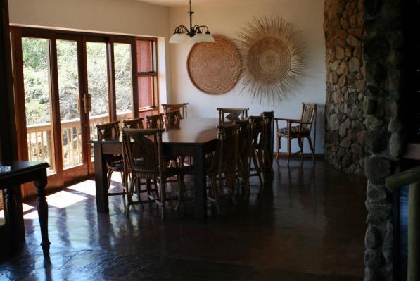 Madikwe Dining room