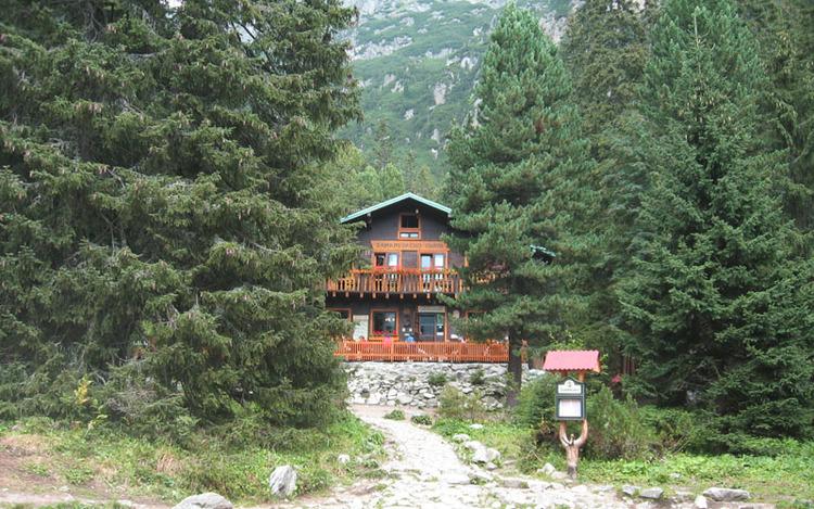 zamkovskeho-cottage.jpeg