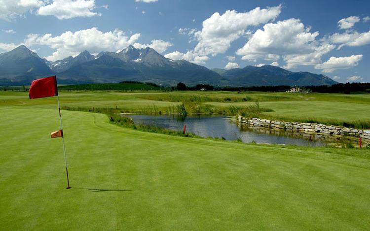 Golf-resort-Black-stork.jpg
