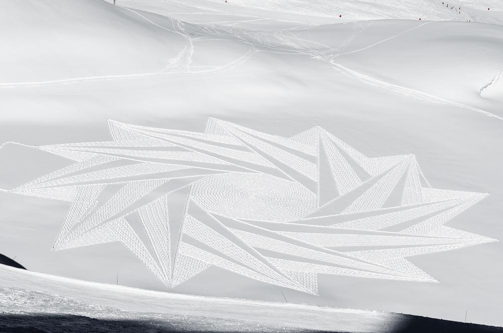 Simon-beck-snow-art.jpg