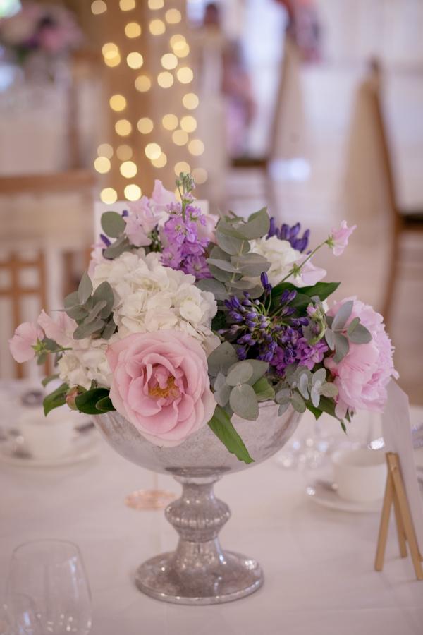 lisa_lucas_photography_rivervale_barn_bridal_flowers-2007.jpg