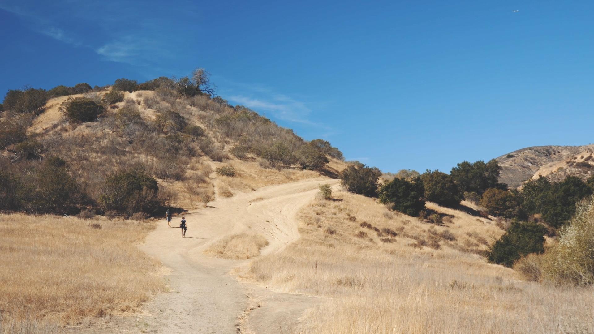 Climbing2.jpg
