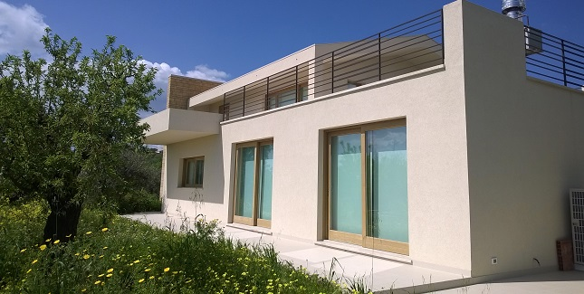 Our role  - PHPP calculations, thermal envelope &services design + project management.   The project  - new-build near Noto,Sicily