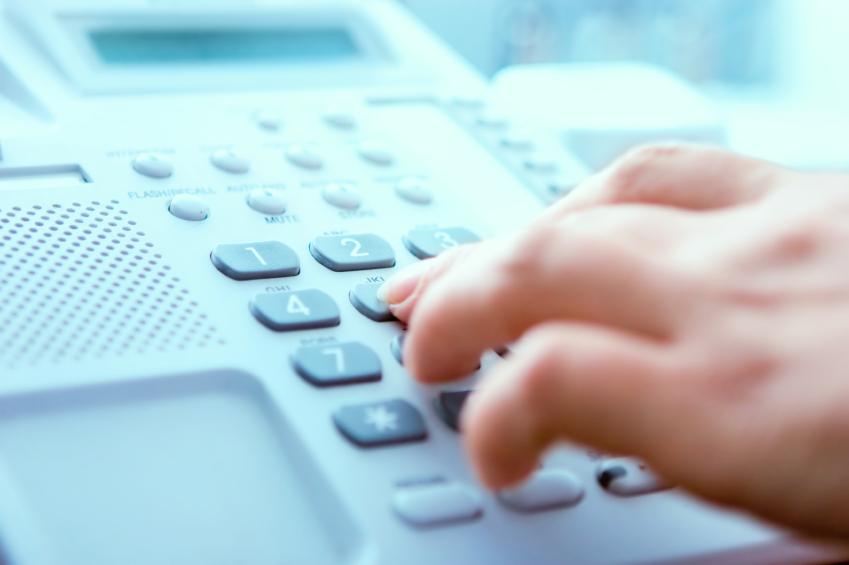 hand dialling phone number.jpg
