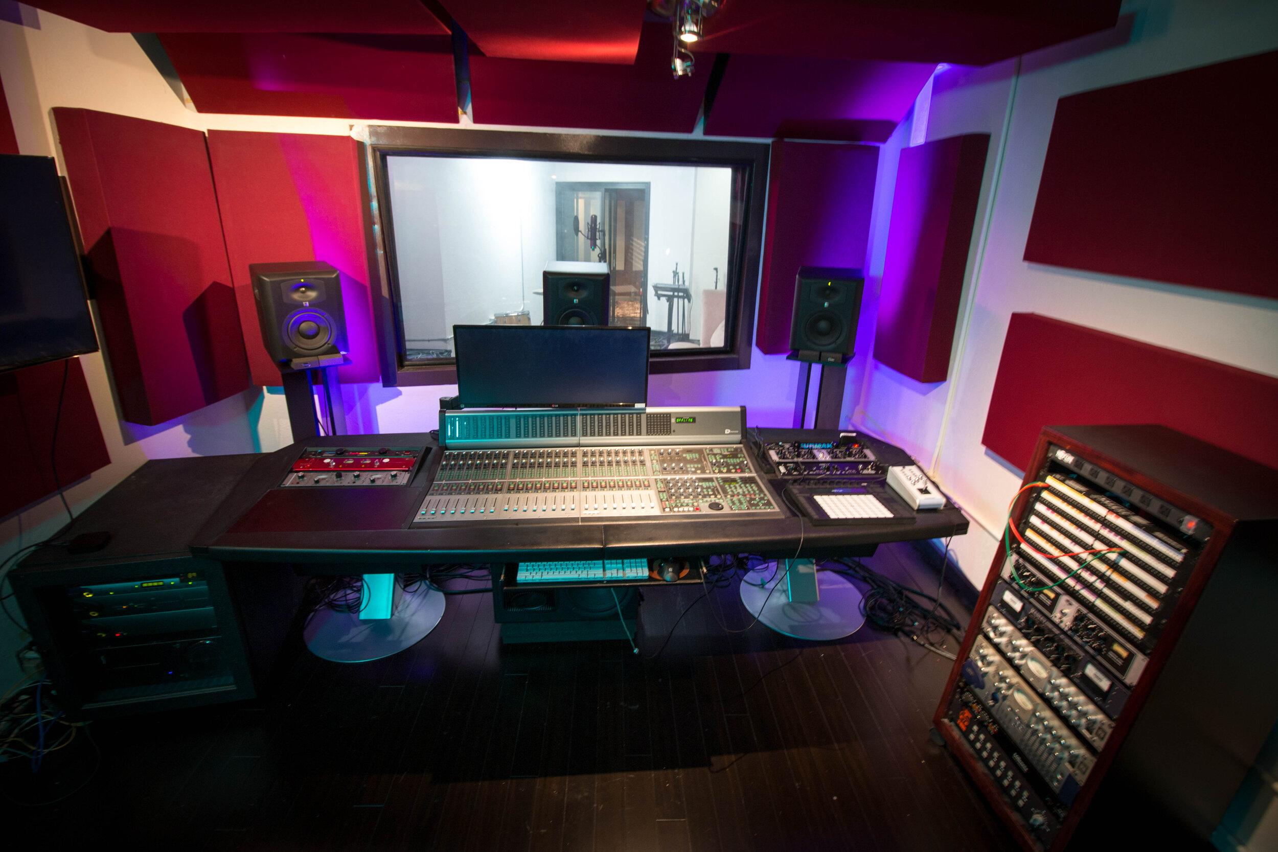Studio A -2 - Pyramind, Gilbert St.jpg