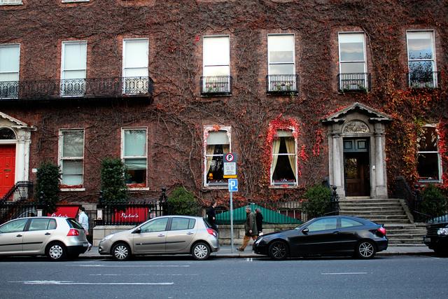 St. Stephen's Green Dublin Ireland neighborhood