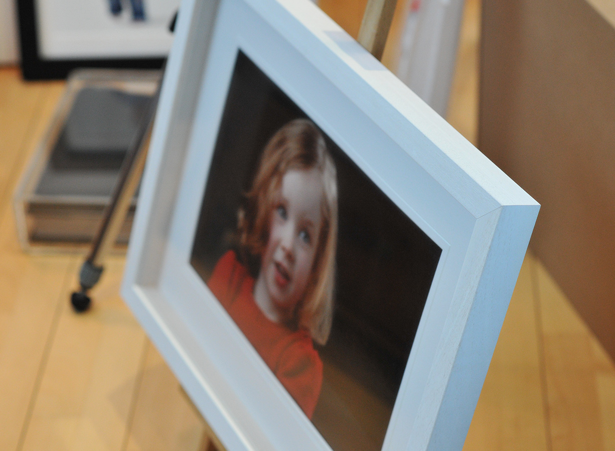 All our hand-crafted frames are finished using acid free mounts and museum grade float glass for a clearer presentation