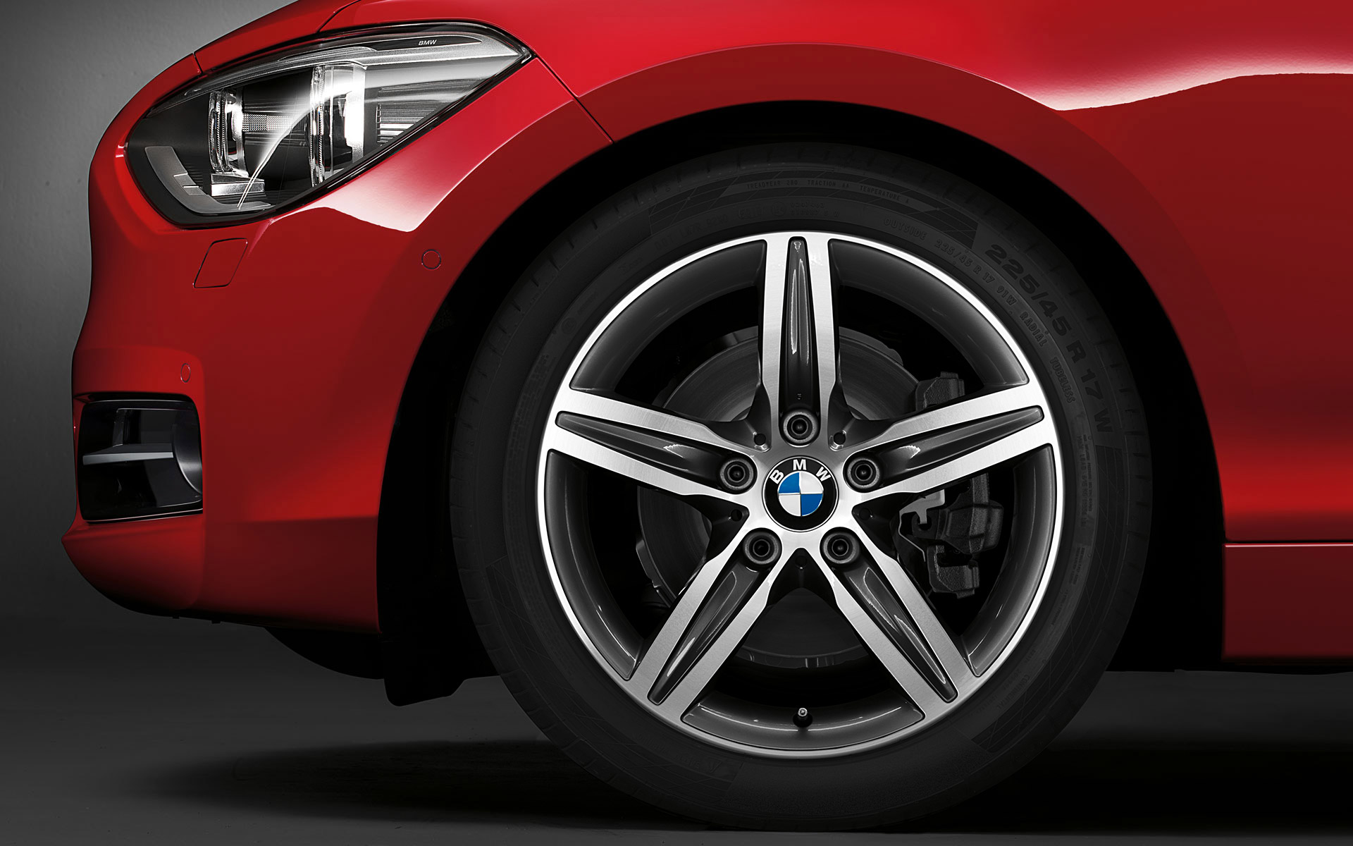 BMW_1series_wallpaper_13_1920_1200.jpg.resource.1375783654763.jpg