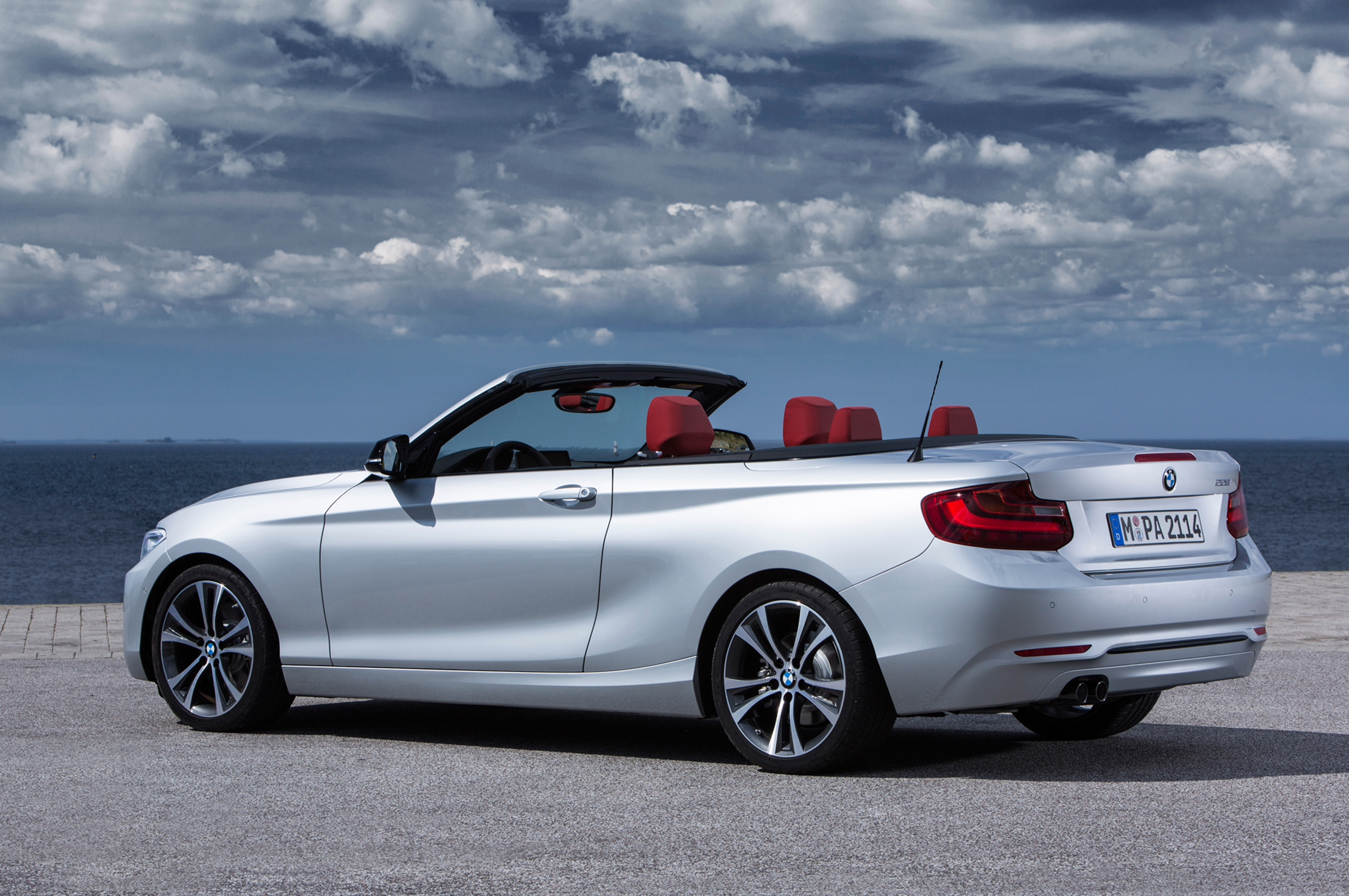 2015-bmw-2-series-convertible-rear-three-quarter-02.jpg