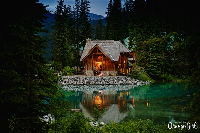 Weddings-at-Emerald-Lake-Lodge-in-the-Rockies-Photo_by_Orange_Girl-0004.jpg