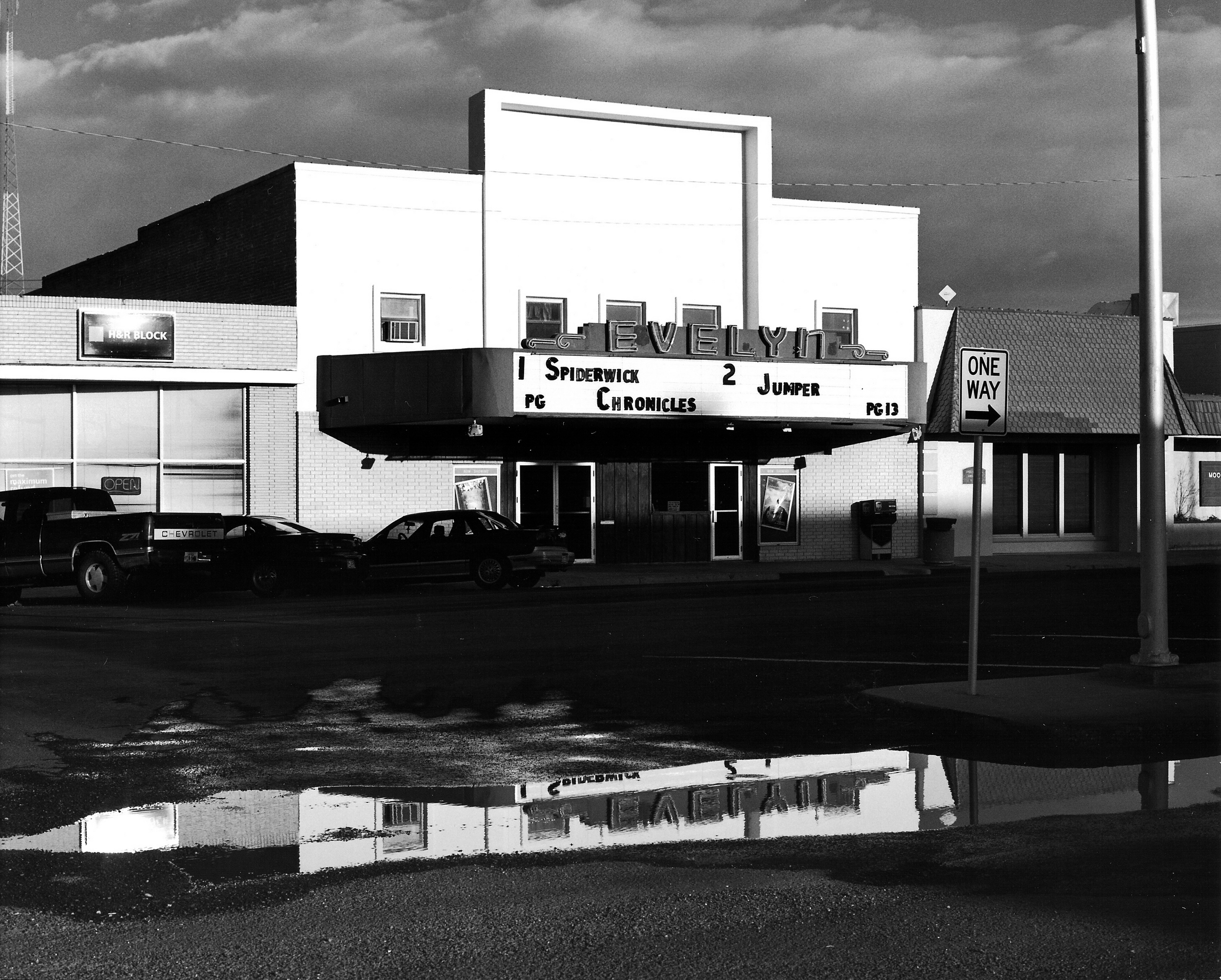 Evelyn Theater