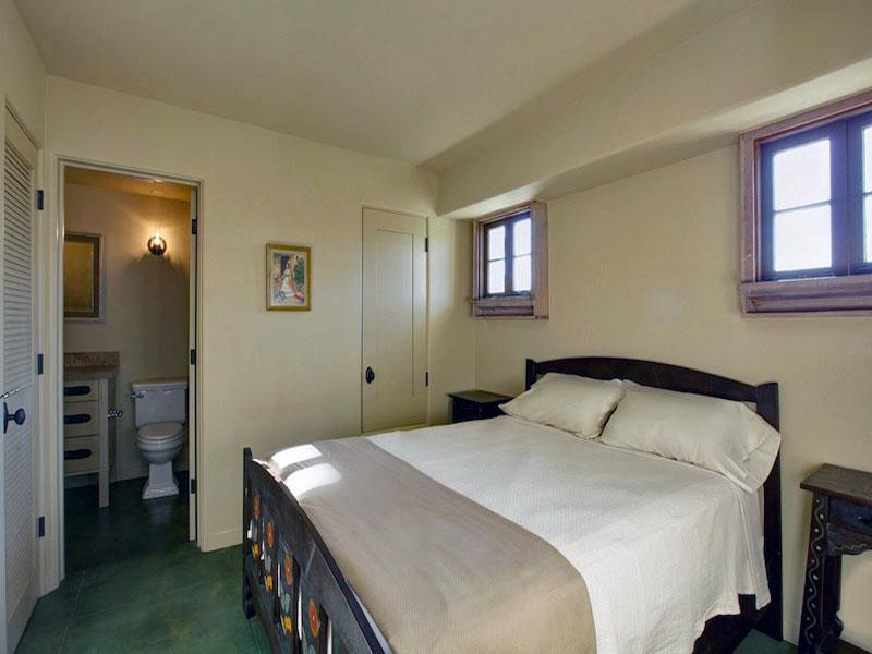 A 139 guest bedroiom 2.jpg