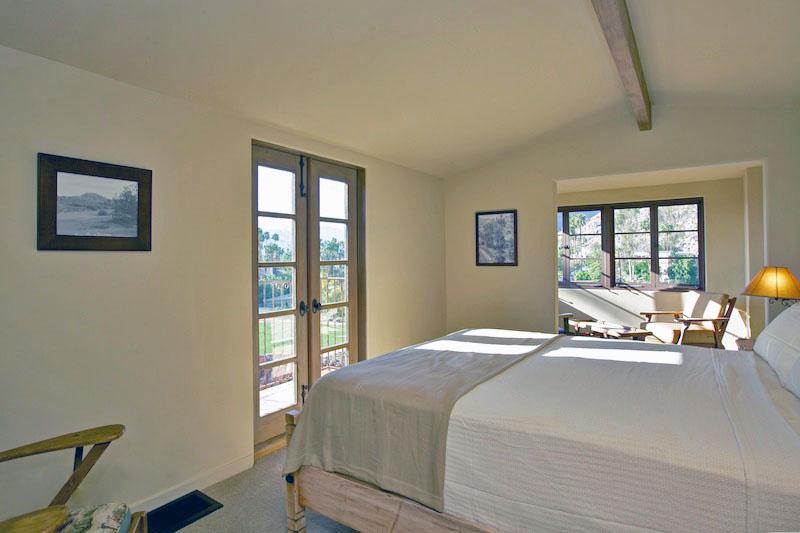 AA  139 Bedroom.jpg